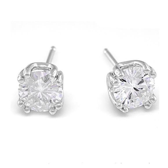 Moissanite Solitaire Stud Earrings 1 00 ctw DEW NWT